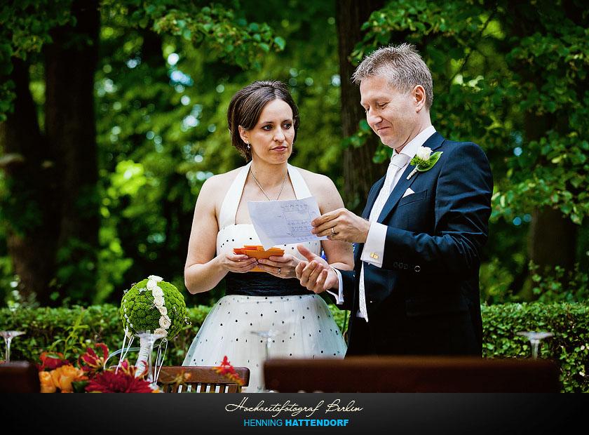 Hochzeitsfotograf Berlin im Schloss Glienicke