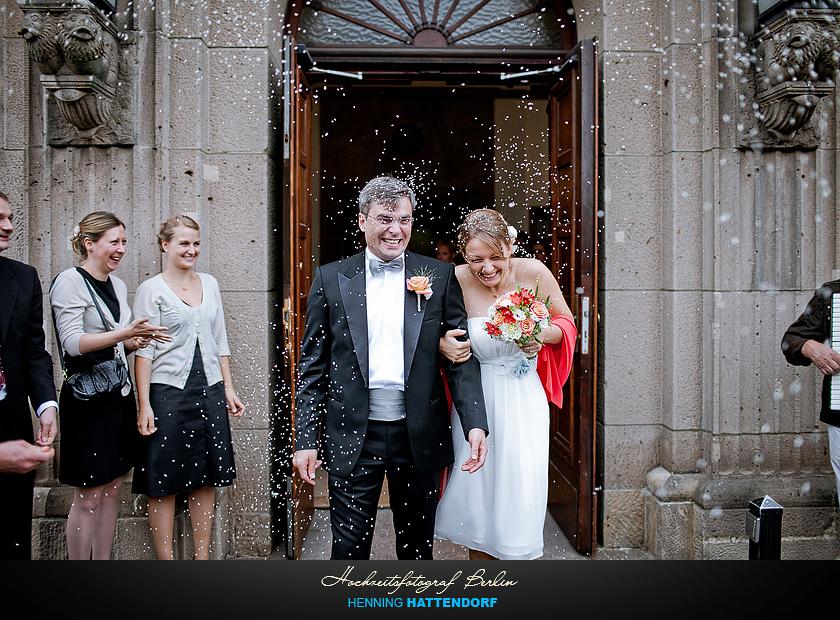 Hochzeitsfotograf Berlin im Standesamt Schoeneberg