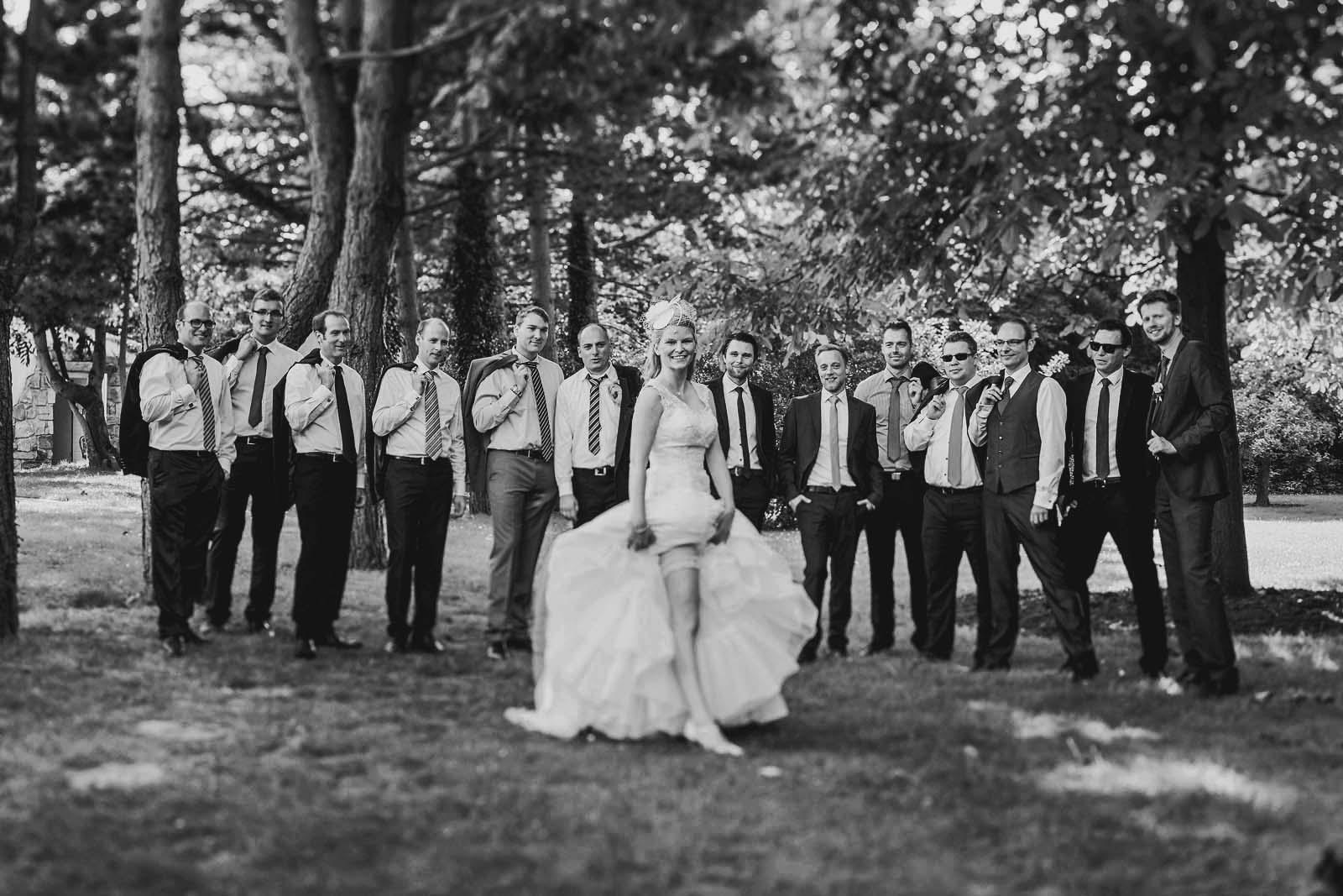 Hochzeitsfotograf Berlin fotografiert Gruppe auf einer Hochzeit Copyright by Hochzeitsfotograf www.berliner-hochzeitsfotografie.de