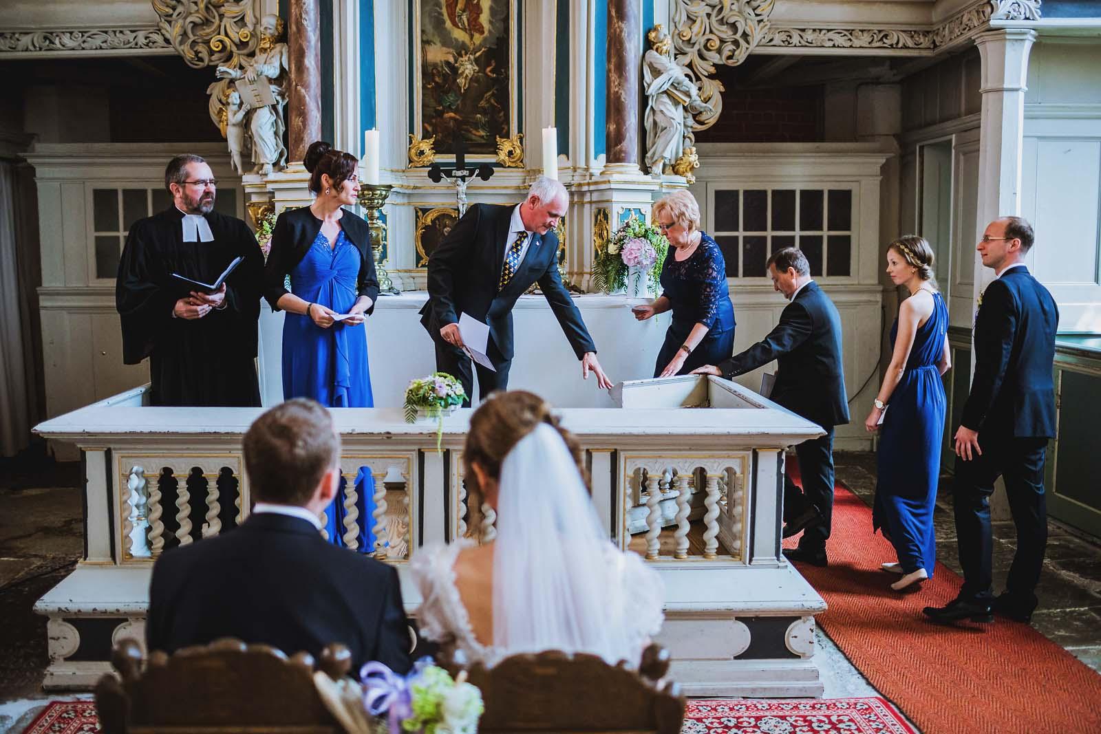 Hochzeit Heilgeistkirche Stralsund Copyright by Hochzeitsfotograf www.berliner-hochzeitsfotografie.de