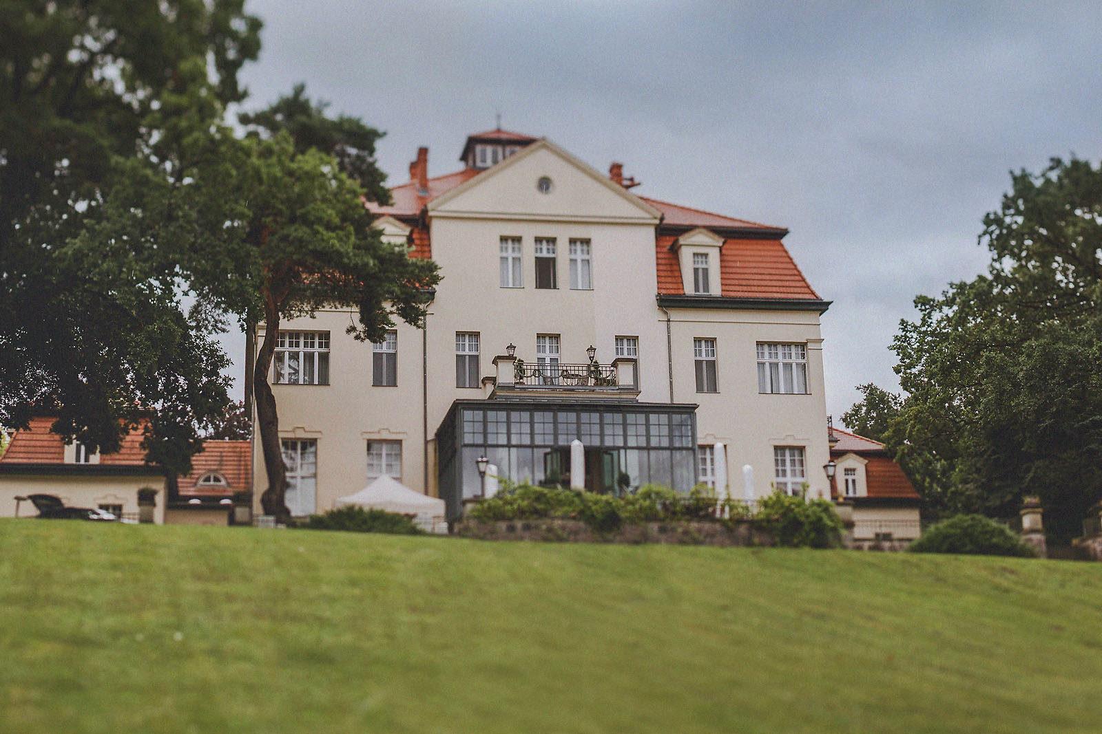 Hochzeitsfotograf Brandenburg Schloss Gut Liebenberg Seehaus