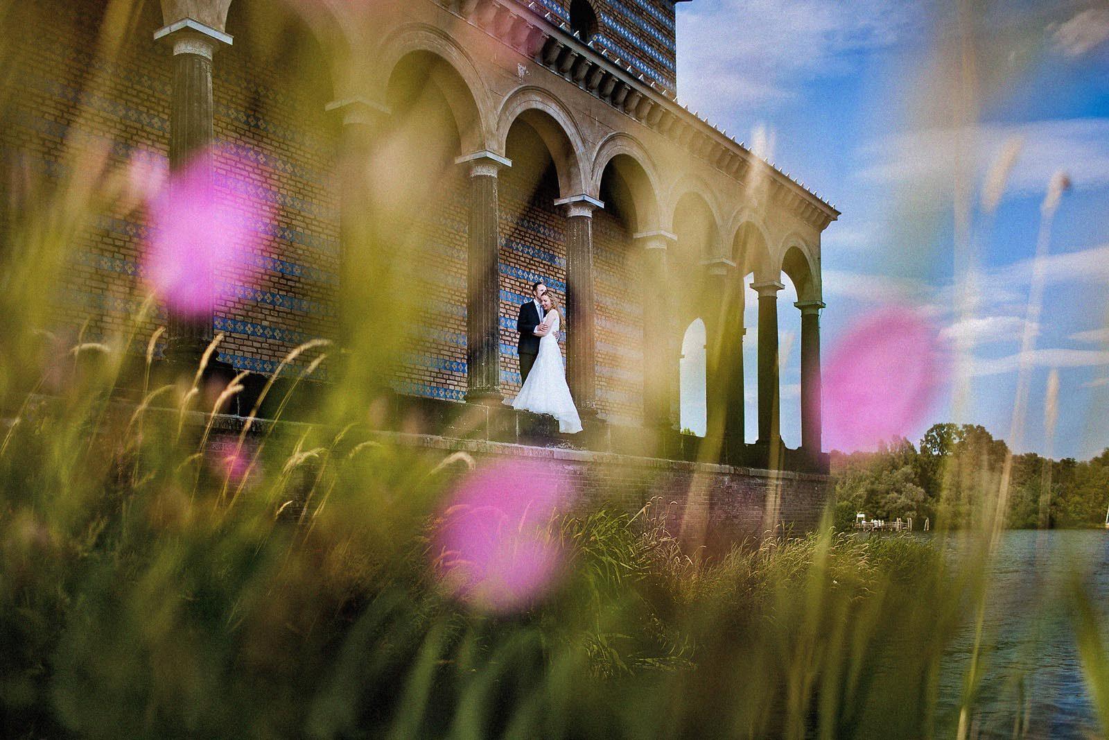 Hochzeitsfotograf Potsdam an der Heilandskirche Sacrow