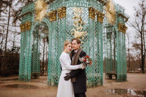 Hochzeitsfotograf Potsdam fotografiert ein Brautpaar im Schlosspark Sanssouci